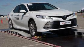Тест-драйв Toyota Camry 70 на СТК Sokol.